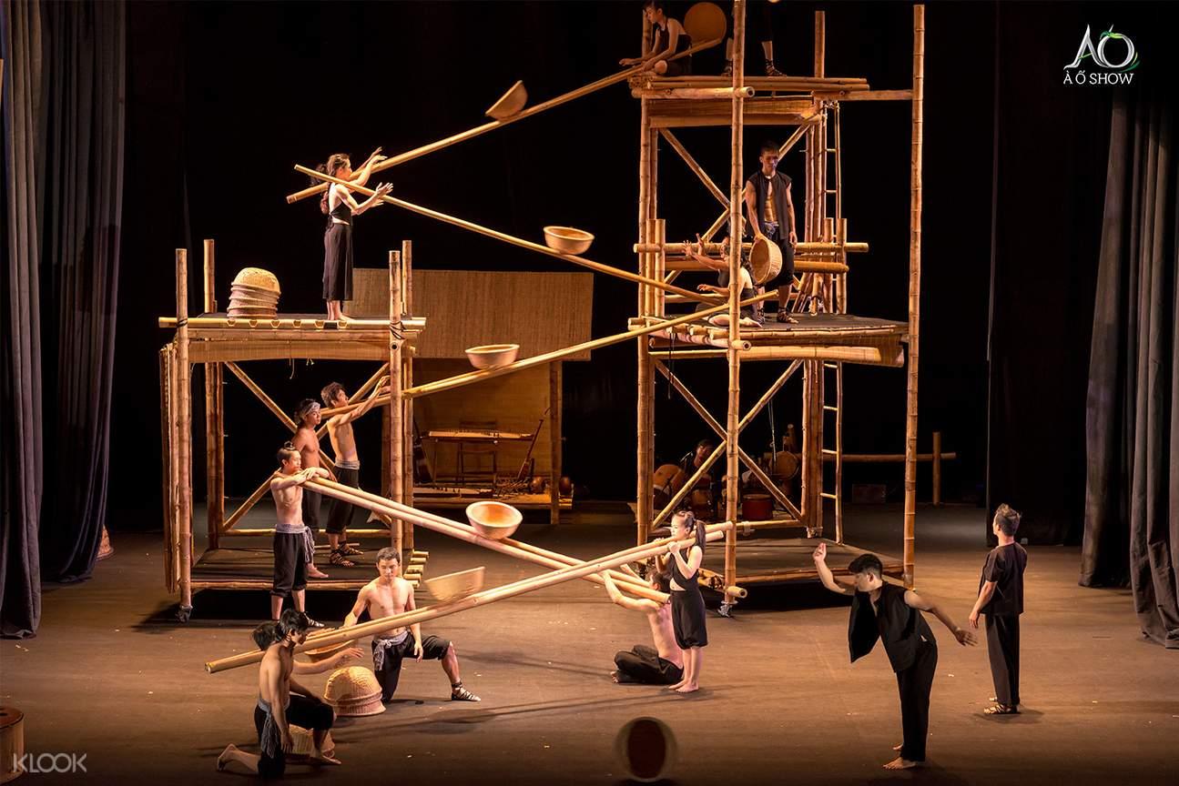 a o show bamboo cirque